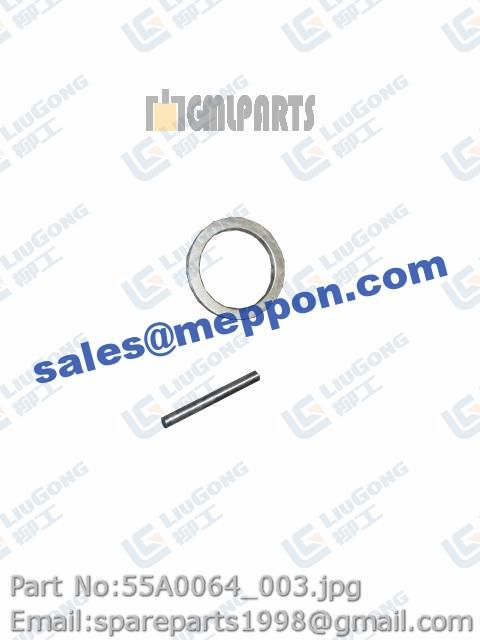 SPACER WITH NEEDLE ROLLER